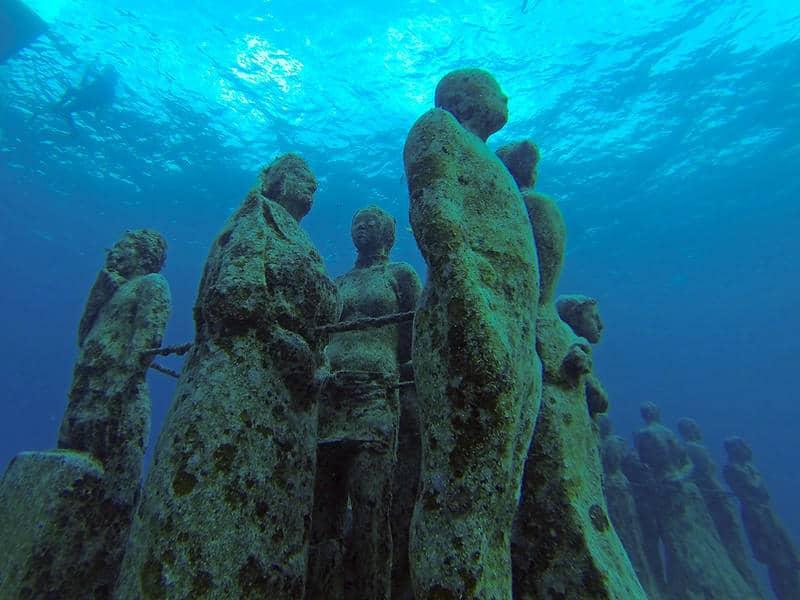 Best Places To Scuba Dive - Cancun underwater museum